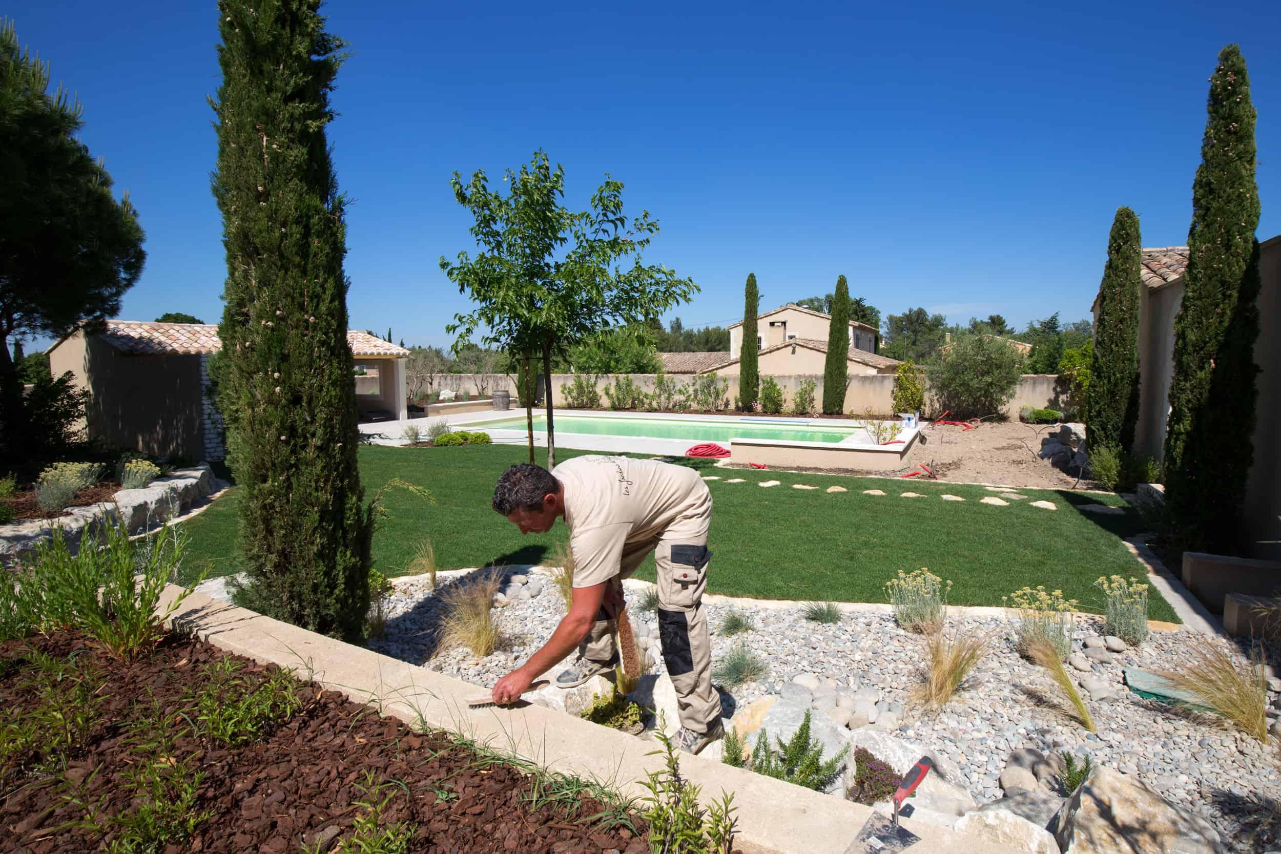 Travail de maçonnerie à Saint-Rémy-de-Provence